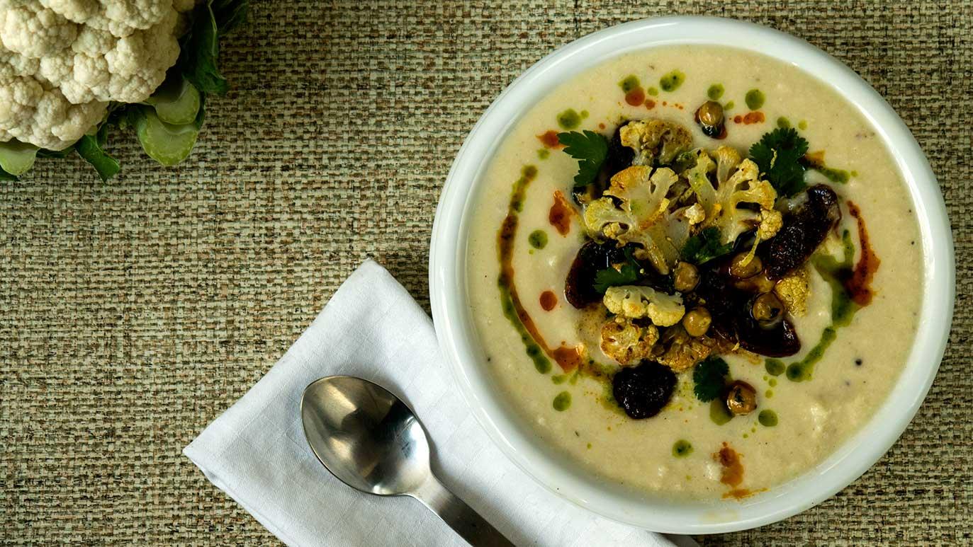 cream of cauliflower, chorizo and chickpea soup, icookstuff