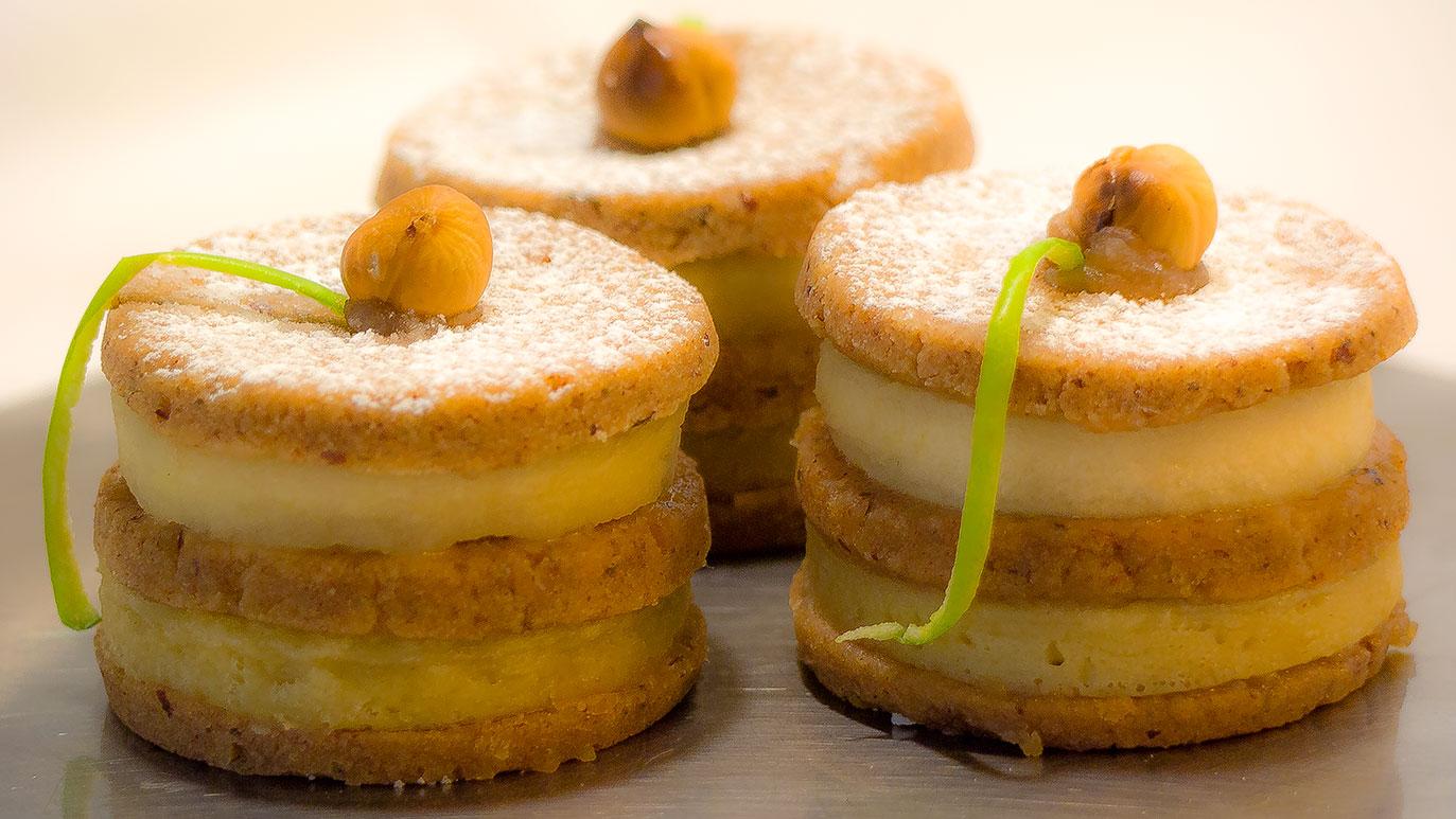 apple custard tart'wich, icookstuff