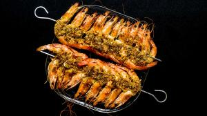 vegetable-flakes crusted grilled prawns