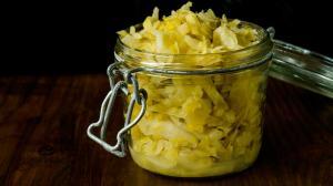 3-spice sauerkraut