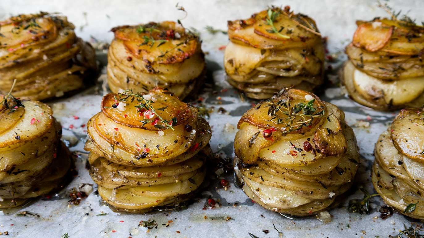 galettes de 'pommes (de terre) anna' à la graisse de canard