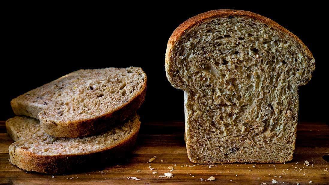 "whole-wheat ""toast"" & sliced sandwich bread"