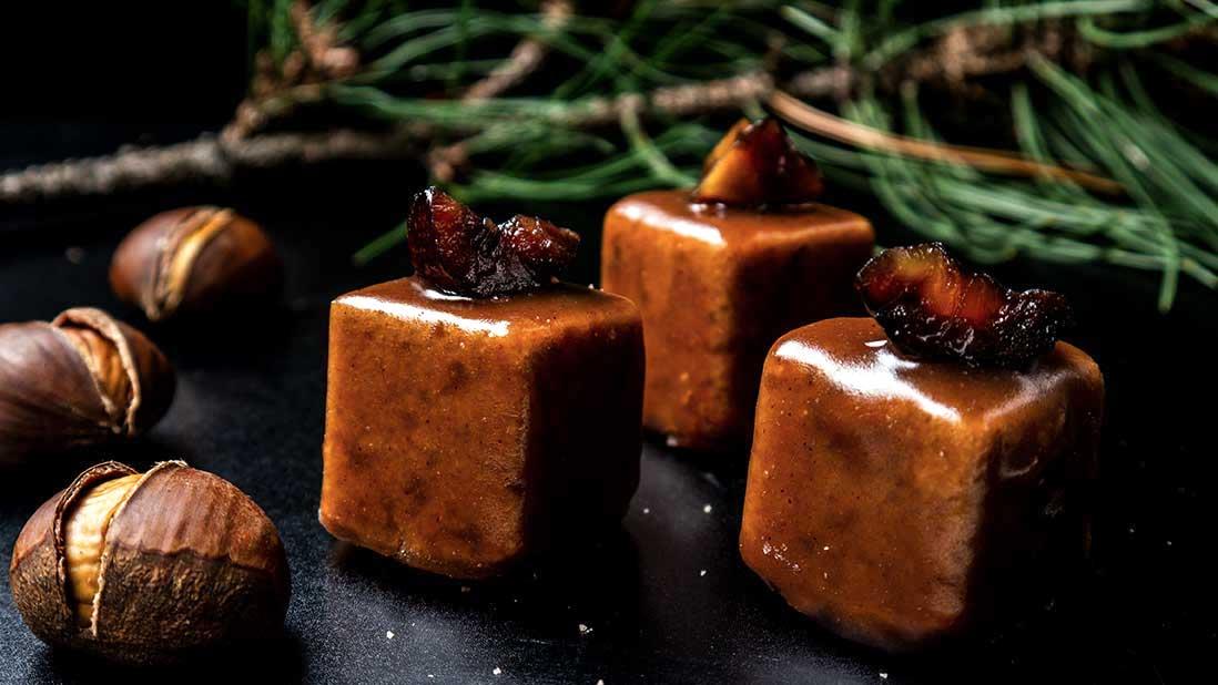 chestnut cream-glazed & chestnut flour cakes