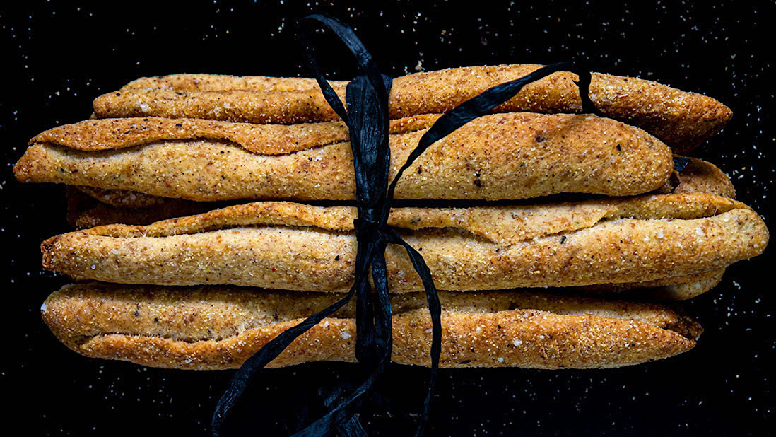 flaked sea salt & cracked black pepper rolled grissini breadsticks