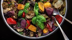 simple & perfectly versatile mediterranean-style roasted vegetables