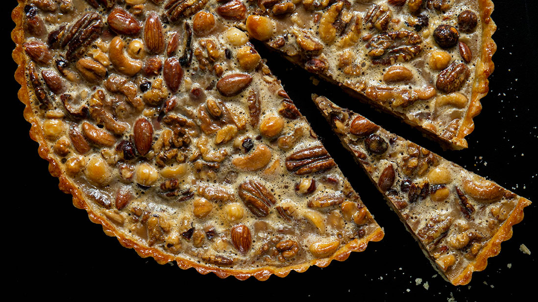 mixed roasted nuts & milk caramel tart