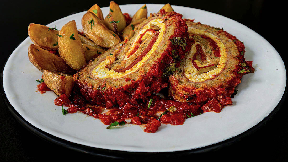 «rollo de bonito a la asturiana» pain de thon en couches roulées à l'espagnol
