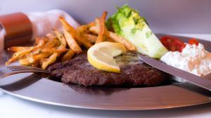 greek bifteki