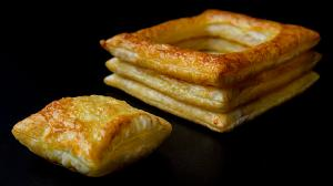 «vol-au-vent» puff-pastry cases