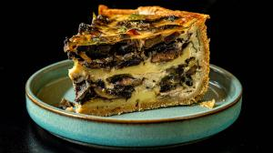 mushroom & brie cheese quiche