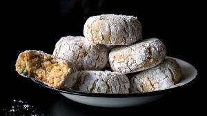 almond & citrus soft amaretti cookies